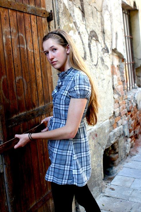 Bratislava - Tessa at door